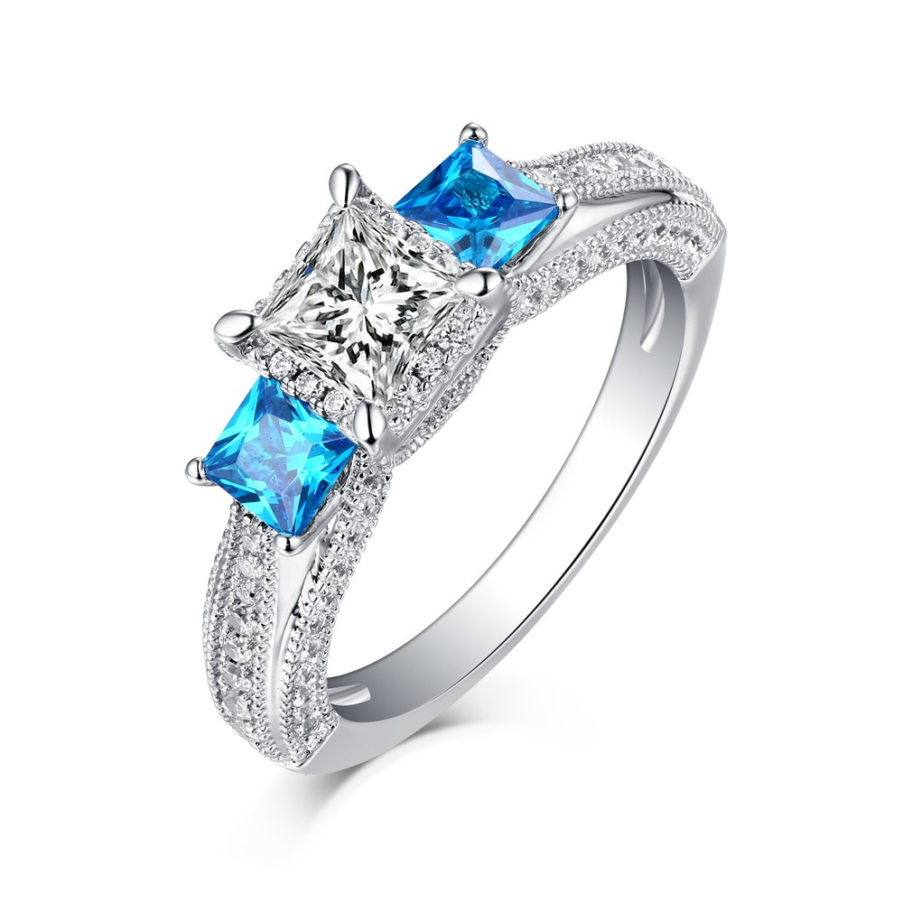diamond platinum pttczz stone ring in three emerald classic triangle jewellery engagement