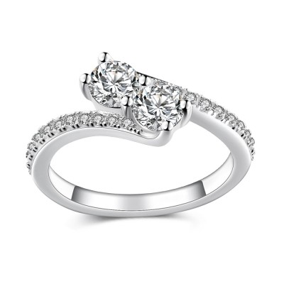Beautiful Round Cut White Sapphire 925 Sterling Silver Women's Engagement Ring